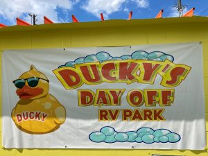 Ducky's Day Off RV Park Logo
